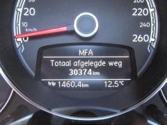 Volkswagen-Beetle-8