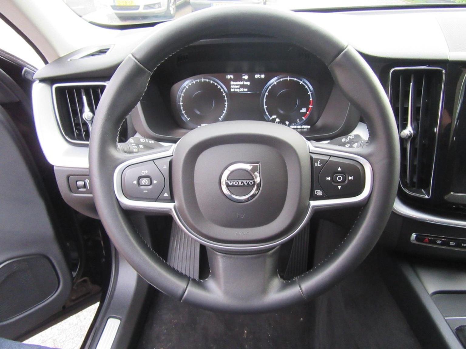 Volvo-XC60-14