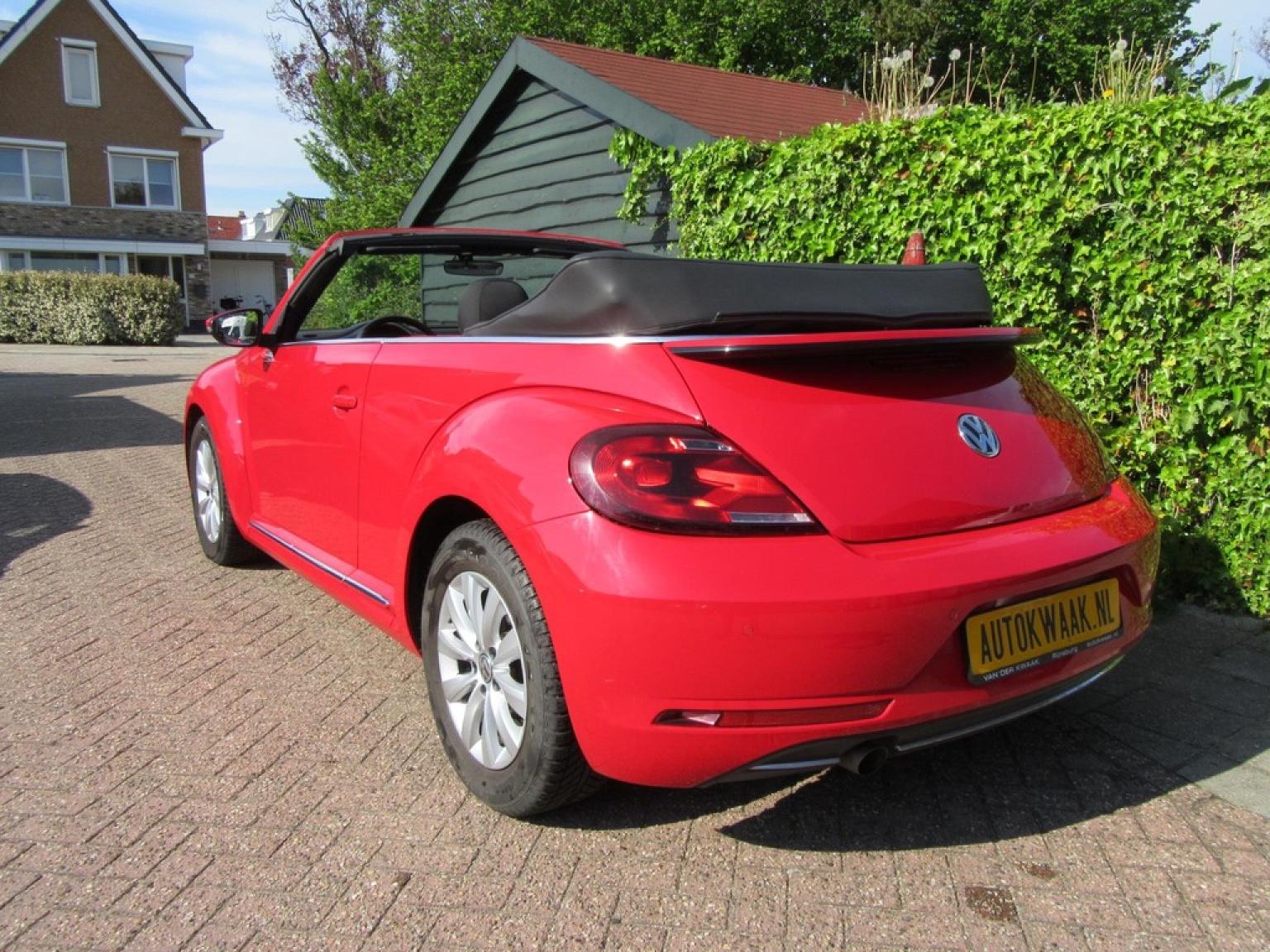 Volkswagen-Beetle-30