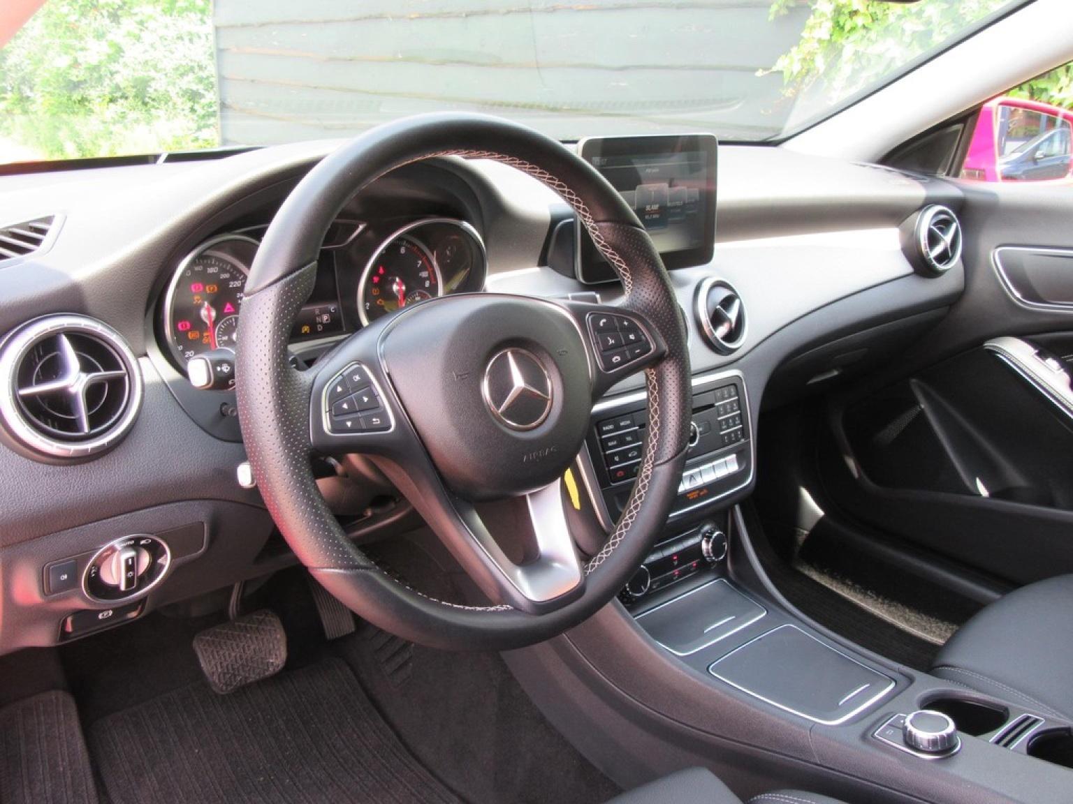 Mercedes-Benz-CLA-Klasse-3