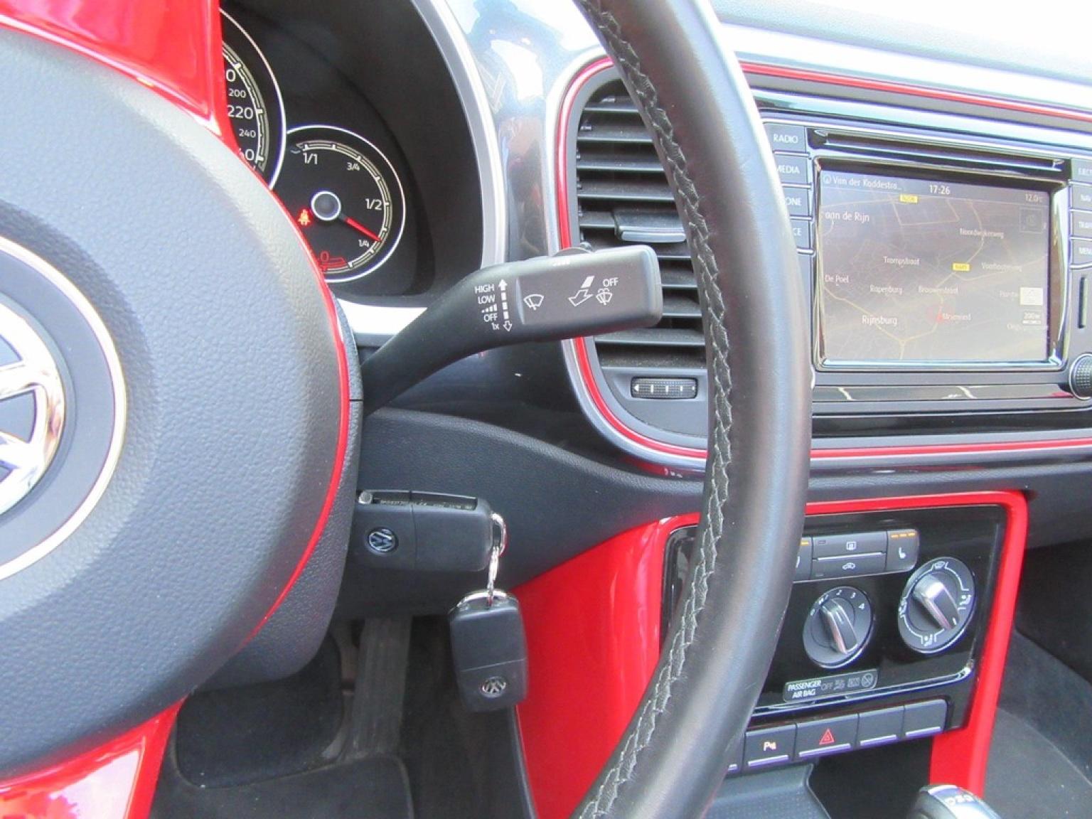 Volkswagen-Beetle-21