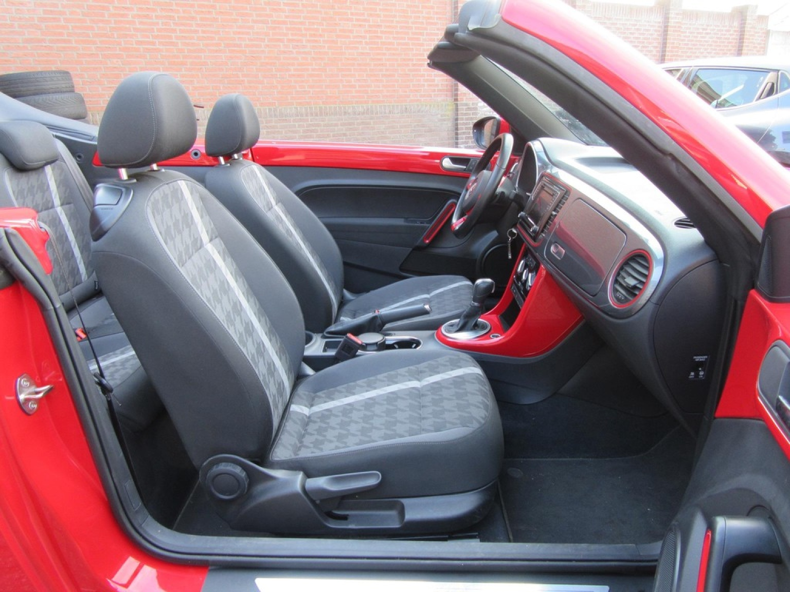 Volkswagen-Beetle-23