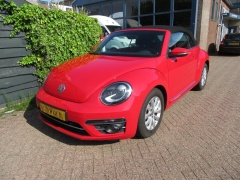 Volkswagen-Beetle-34