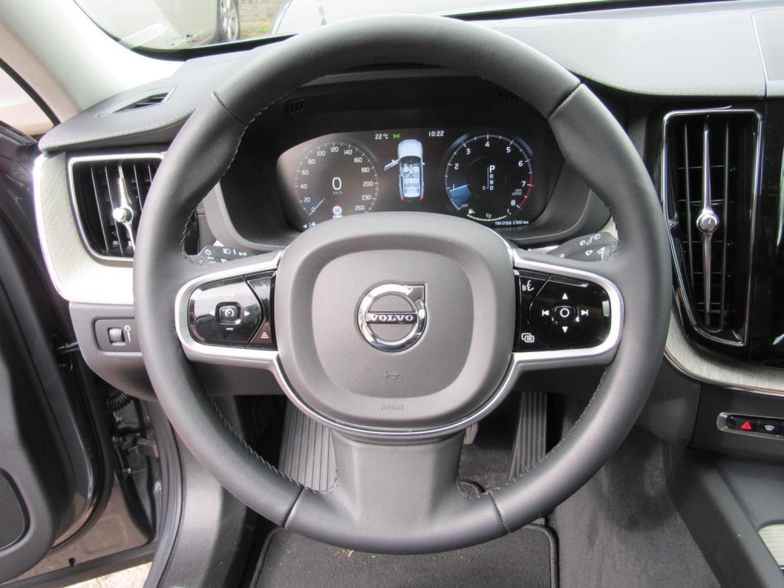 Volvo-XC60-12